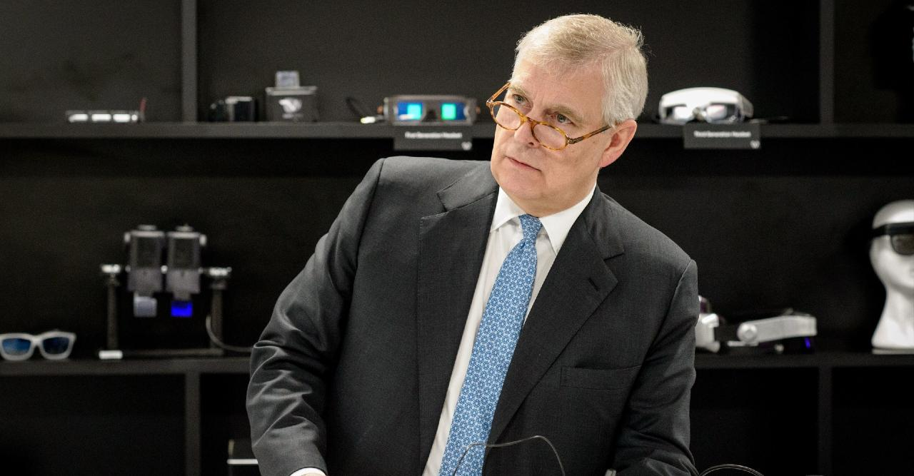 the crown struggling to find actor to play prince andrew