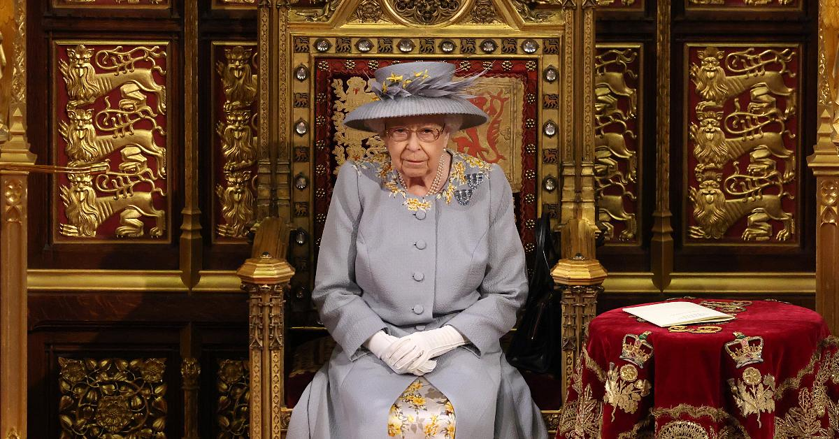 no second throne next to queen elizabeth at opening of parliament
