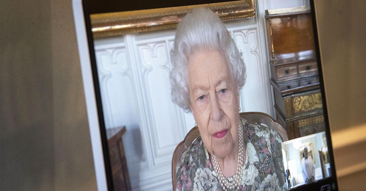 queen elizabeth subtly pays tribute prince philip prior late duke th birthday tro