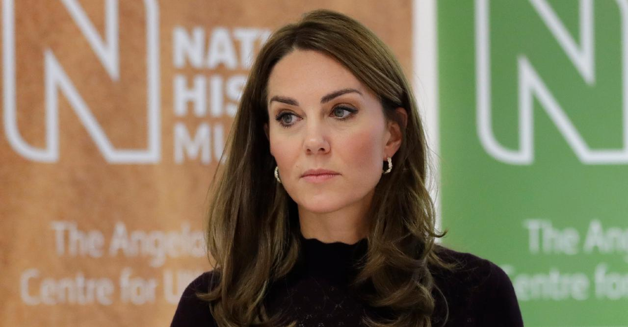 kate middleton miserable at cliquey boarding school reveal sources